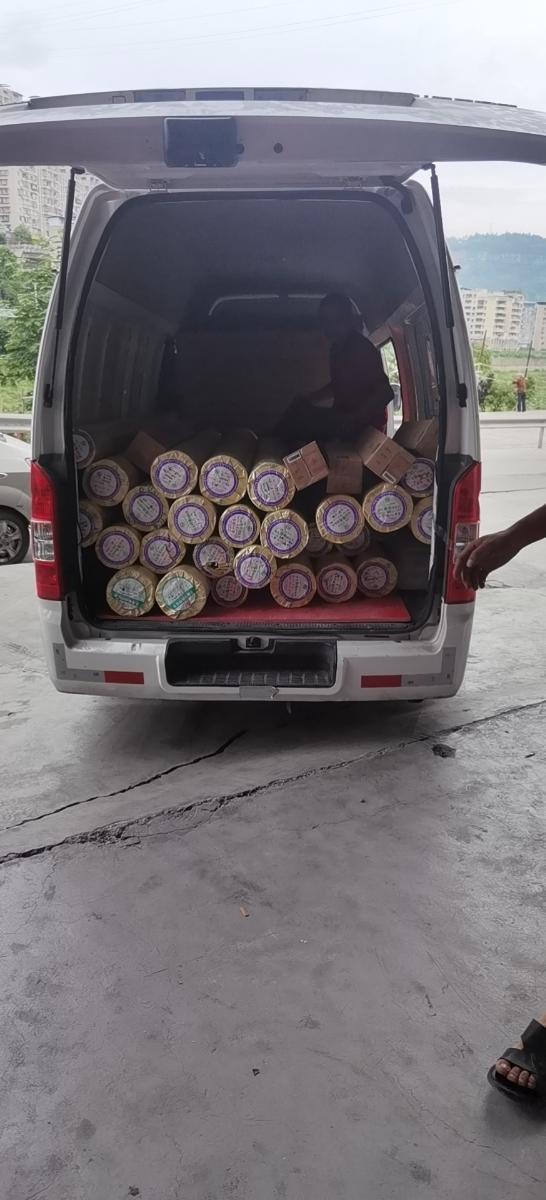 招聘送货司机要搬货,持C1E或以上驾照