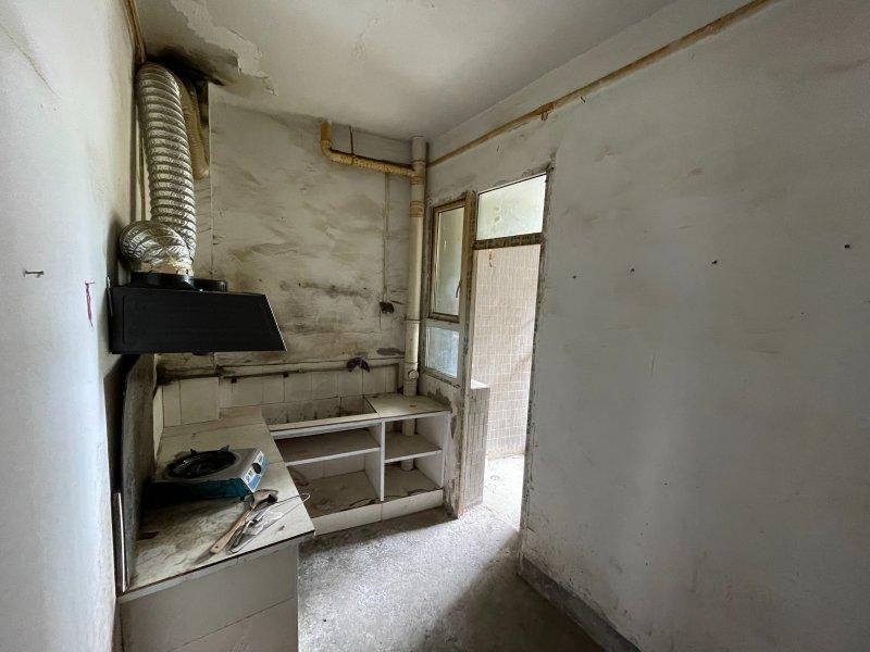 观音岩96平一楼出租,可做门面,可住家,可做按揭