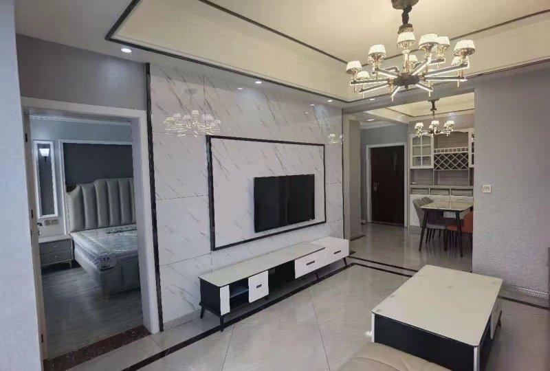 出售阳光满庭3室2厅2卫82平米住房