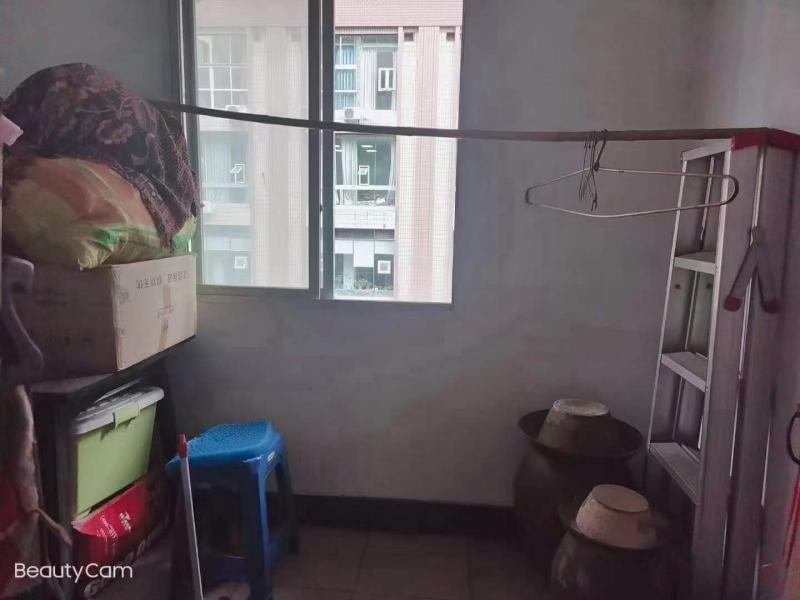 高笋塘2房出租:面积66平米,租金每月1000元