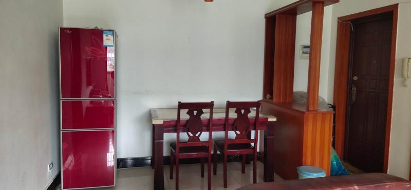 出租世纪康城3室1厅1卫精装90平米1000元/月住房