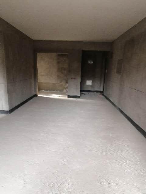 60万出售金科观天下3室2厅2卫110平米住房