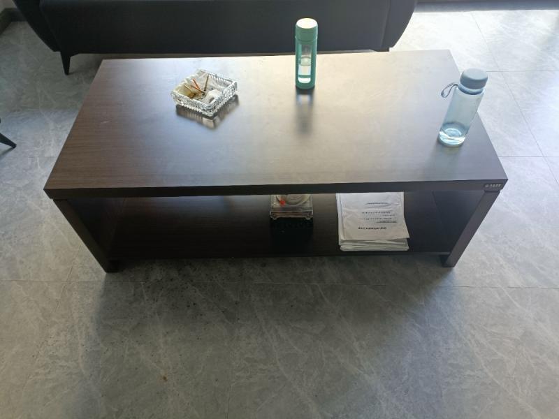 门市到期,九成新办公家具出售(办公桌、转椅、沙发、茶几)