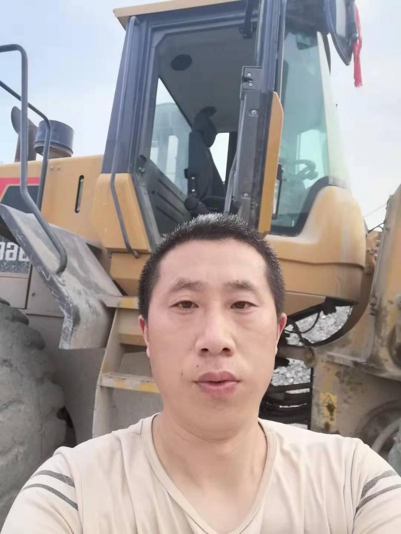 求职叉车、渣土车、罐车司机工作,对工作一丝不苟