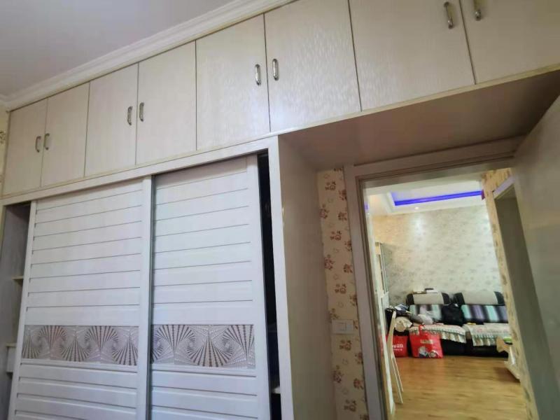 出售天仙湖棕榈长滩83平米精装2房