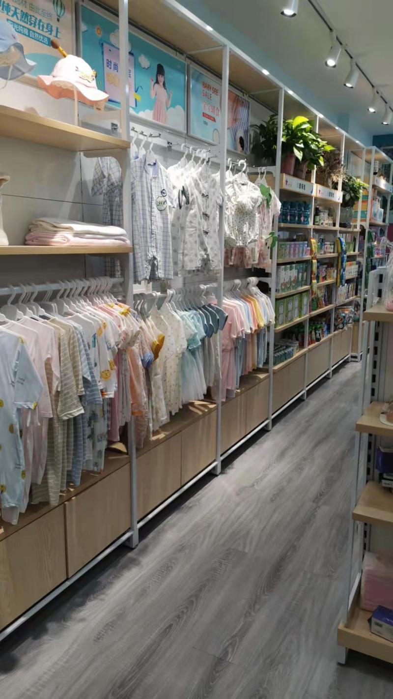 西山车站永辉超市旁边全新装修母婴店转让