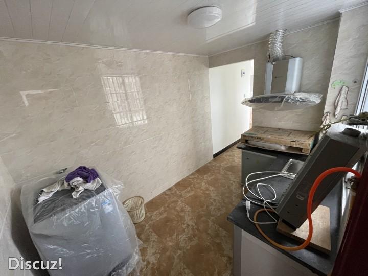 谋道镇上精装修避暑房出售,60平2房,生活便利,各种家电齐全